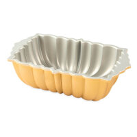 Nordic Ware - Classic Fluted Loaf Pan