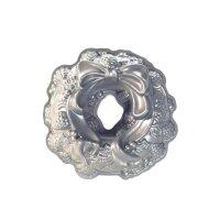 Nordic Ware - Holiday Wreath Pan